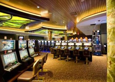 Mohegan Sun | Pocono Downs Gaming and Entertainment Complex